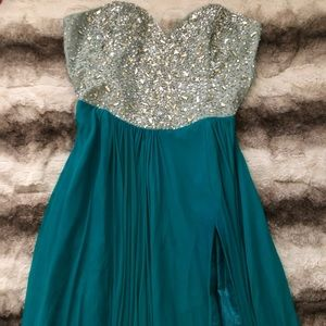 Dresses & Skirts - **RHINESTONE GOWN ** perfect for prom 🔥
